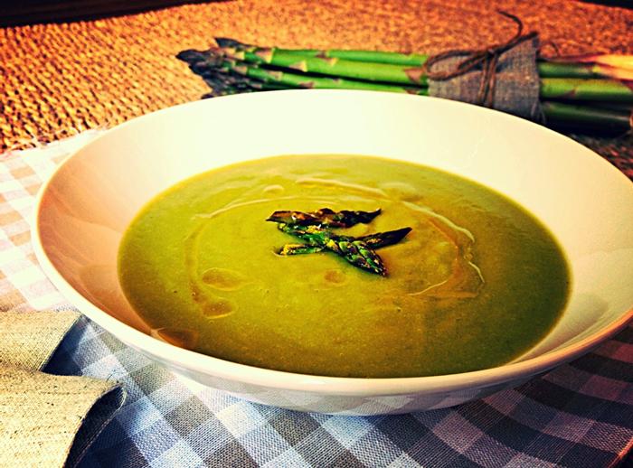 Crema-esparragos-trigueros-al-curry-1-2
