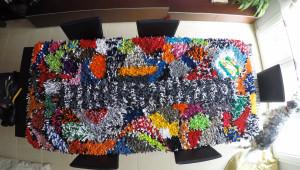 Cómo hacer una alfombra con camisetas